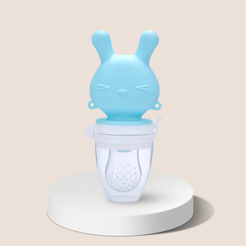 New Arrival nibbler toddler eat extractor pacifier BPA Free Nutrition Cute Pig rabbit Shape Baby baby fruit feeder silicone