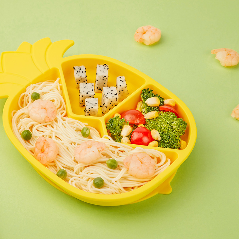 Custom Cartoon Round Children Feeding Placemat Bowl Suction Silicone Plate For Baby
