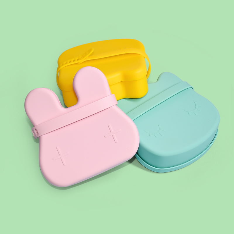 Legenday Food Grade Stackable Snack Container Box Stainless Steel Food Container Reusable Children Silicone Sippy Snack Cup