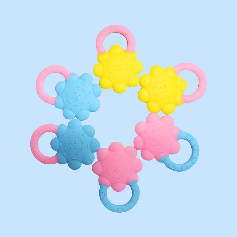 Legenday Hot Sale Flower Shape Food Grade Silicone Baby Teether Cartoon Teething Toy