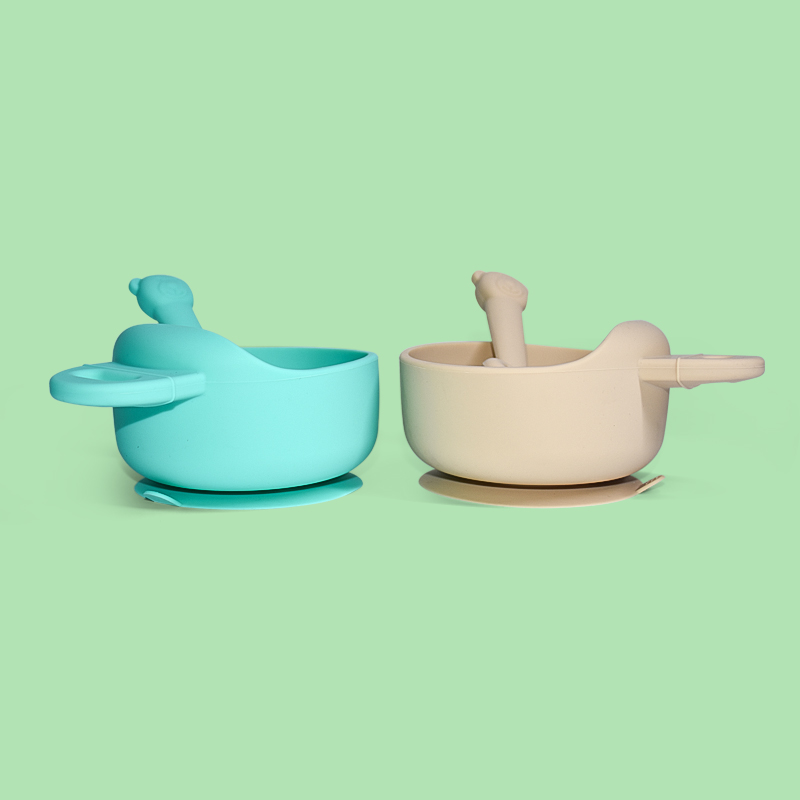 Legenday Bpa Free Silicone Baby Toddler Feeding Food Suction Baby Silicone Bowl And Spoon