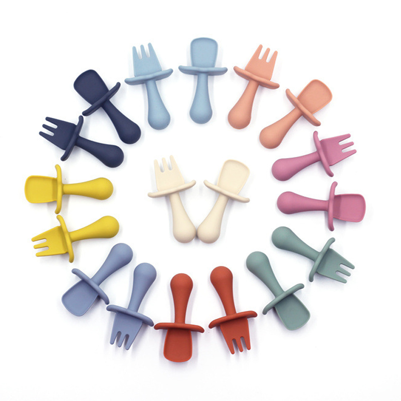 Legenday Bpa Free Soft-Tip First Stage Self Feeding Silicone Baby Toddler Training Spoon Soft Baby Feeding Spoons